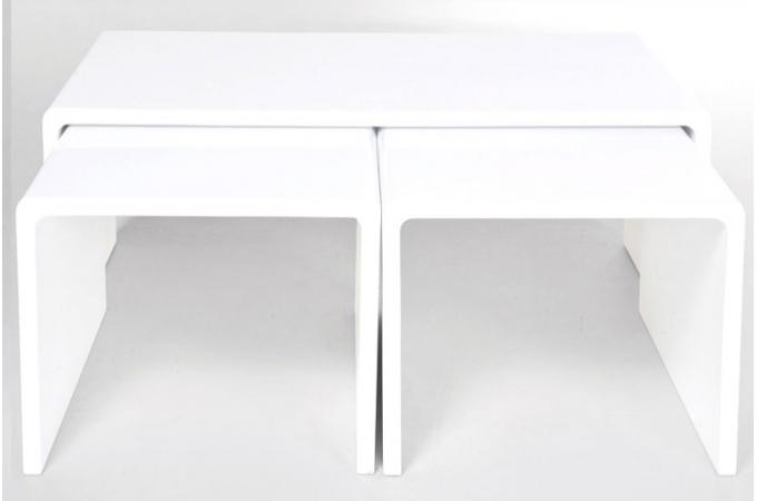 Table basse gigogne laqu e blanche roxane declikdeco for Table basse blanche laquee